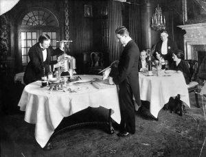 Hotel Adlon: Das Restaurant um 1920